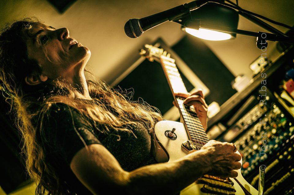 Una tarde con Poison Ivy en los Estudios Can Savina MP Music
